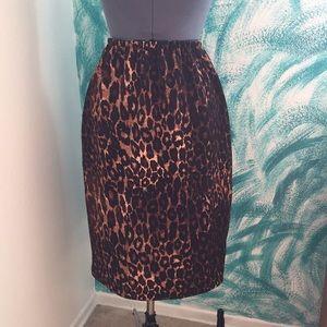 Dresses & Skirts - 🐆Leopard Pencil Skirt🐆